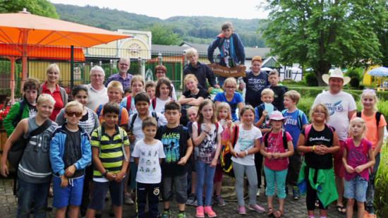 Ferienpasskinder in Potts Park